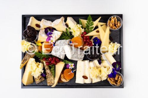 plateau de fromage grand vue de haut ecotraiteur paris