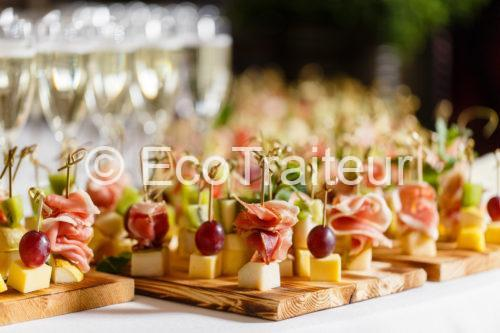 buffet cocktail brochettes ecotraiteur paris terroir fromage charcuterie
