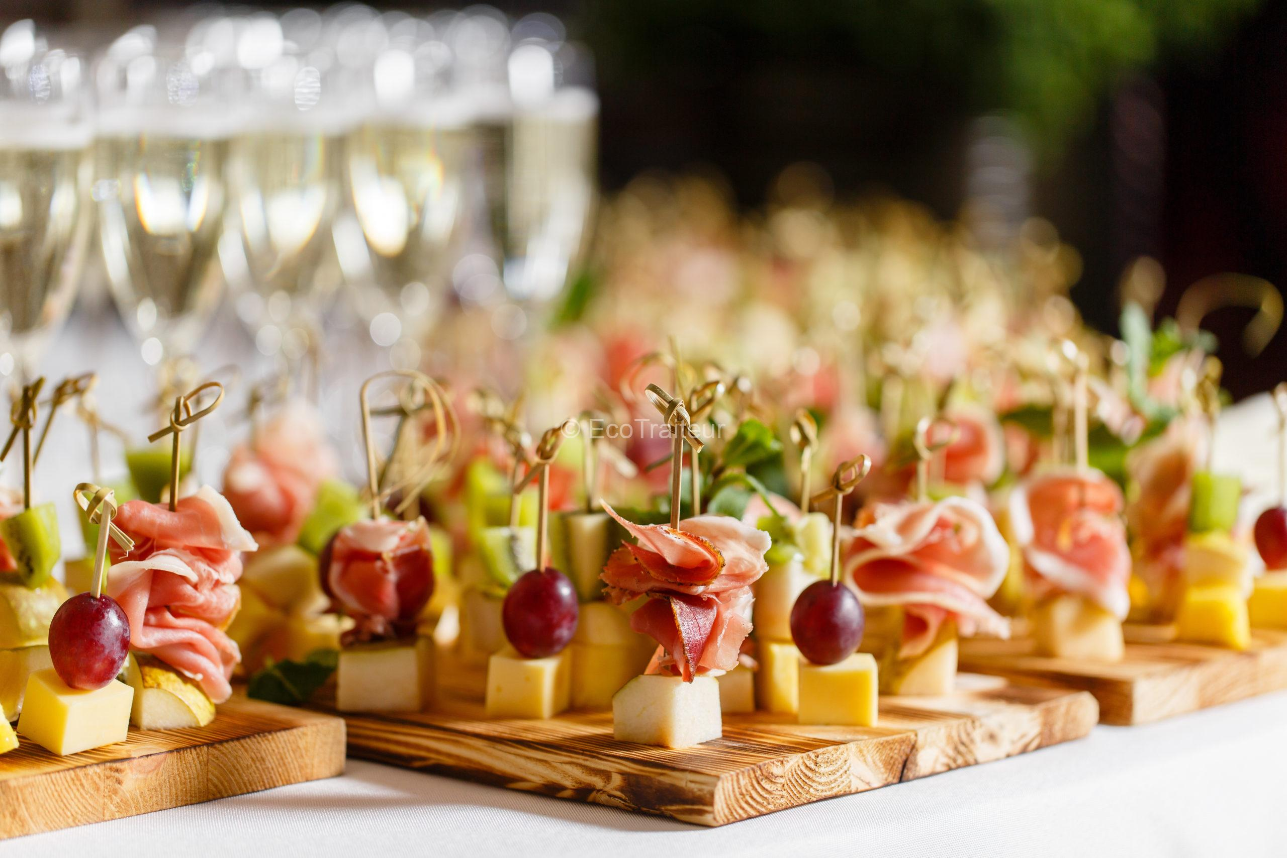 buffet cocktail brochettes ecotraiteur paris terroir fromage charcuterie